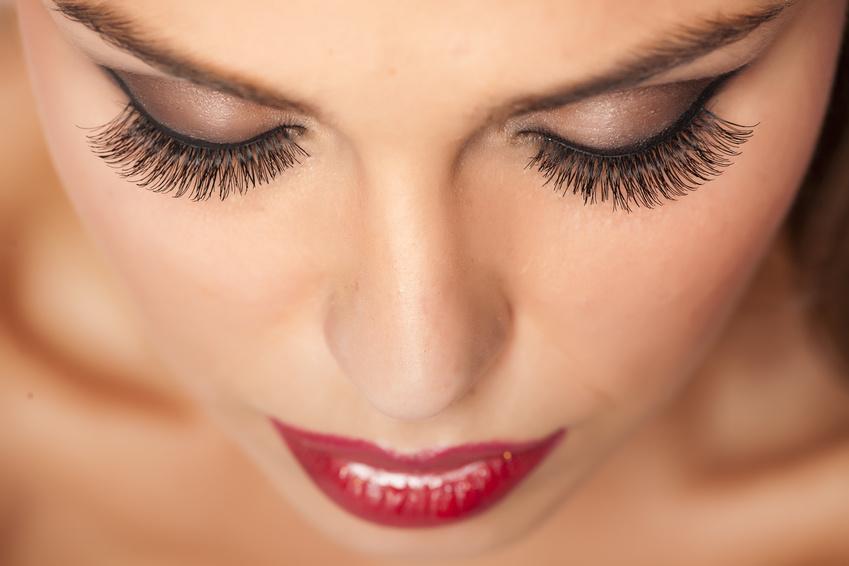 Health & Beauty Lounge Zurich Wimpernverlängerung, Microblading, Wimper färben, Augenbrauen färben